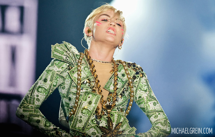 See full photo gallery of Miley Cyrus live at Festhalle Frankfurt a.M. 2014